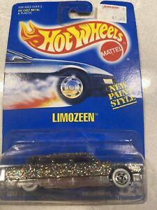 (.99 Starting Bid) 1992 Hot Wheels Limozeen Die Cast Metal #225