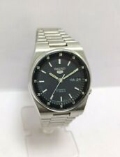Vintage Seiko 5 Automatic Day Date Movement No.7009A Japan Made Men's Watch.