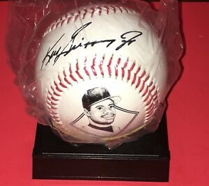 KEN GRIFFEY JR  COMMEMORATIVE BASEBALL WITH REPLICA AUTO  NEW SEALED WITH STAND