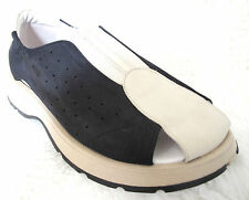 True Duck Black White suede leather wide fit comfy trainer  slip on shoes 35