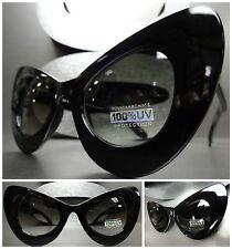 OVERSIZE EXAGGERATED VINTAGE 60's Cat Eye STYLE SUN GLASSES Large Black Frame