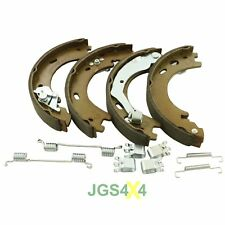 Land Rover Discovery 3 & 4 Hand Brake Shoe Kit With Springs - SFS500012