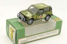 HNBA 1/43 LADA VAZ 21213 NIVA MILITAIRE AVEC SA BOITE CCCP URSS USSR