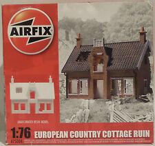 Ejército: 1/76 Escala Europea Country Cottage ruina Airfix Kit Modelo. a75004