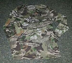 NWT MSRP $45 Mens Under Armour Forest Camo Dry Wicking Shirt Hunt Small S