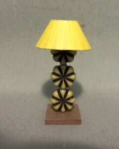 Dollhouse Miniature 1:12 Table Lamp #2 (Round yellow Lamp Shade)