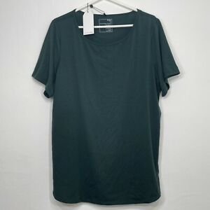 UNIVERSAL STANDARD Game Activewear Medium 18-20 Easy Active Tee Green NEW