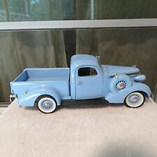 ROAD SIGNATURE 1937 STUDEBAKER COUPE EXPRESS PICK UP 1:18 SCALE DIECAST