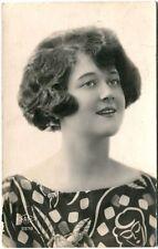 1930 Ritratto Giovane Donna Cremona Belluno Poste Italiane FP B/N VG