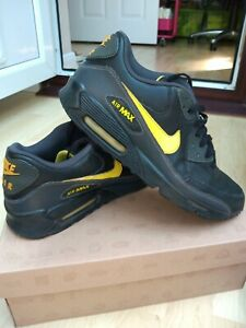 Nike Air Max black and yellow trainers. Size UK 9.5