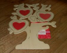 JoAnn Fabrics Holiday Inspirations Valentines Day tree decoration Christmas New