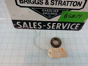 Briggs & Stratton New Old Stock 261696 Timing Gear . Free S&H!