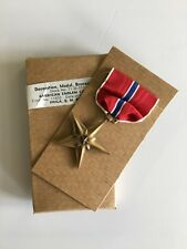 GENUINE & ORIGINAL WWII BOXED Full size United States Bronze Star medal 1945