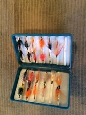 5 3/4�x 1 1/4� X 3 3/4� Fly Box Case With Over 20 Quality Salmon Flies B36