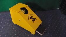 Flyballbox , Ball- Wurfbox f. kleine Hunde Flyball - Box , Ballwurfmaschine