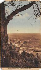 BR42993 Clermont est un beau village qui est situe sur une mer de verdure france