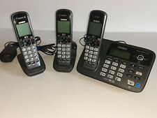 Uniden D1685 DECT 6.0 Cordless Phone w/ Answering Machine w/extra 2 Handsets