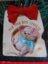 """HALLMARK 1991 """"The Big Cheese""""  MOUSE ASLEEP IN A SLICE OF CHEESE ORNAMENT-NIB"""