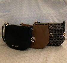 NWT Michael Kors Bedford Medium Crescent Shoulder Bag