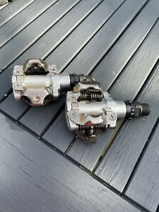Shimano PD-M520 SPD Clipless Pedals With Shimano Shoes