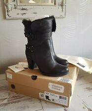 Genuine Ugg Boots Size 4.5 New Worn Once