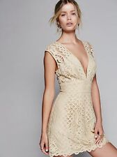 FREE PEOPLE One Million Love Ivory Lace Romantic Dress $128 Retail Size 6 New