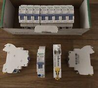 12Pcs X Disjoncteur Embrochable 1PH+N 10A D'clicXE Schneider Electric 16725