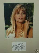 MARKIE POST - SCRUBS ACTRESS - EXCELLENT SIGNED COLOUR PHOTO DISPLAY
