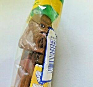 Star Wars CHEWBACCA PEZ Fun 'N Games Candy Dispenser NEW Sealed NIP