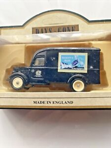 Days Gone Vintage Models: 1950 Bedford 30CWT Delivery Van: Reckitt's Blue