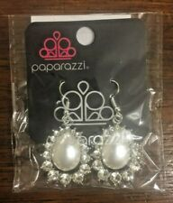 Gorgeous Teardrop Earrings Rare! Nwt Paparazzi Jewelry ~Regal Renewal White~