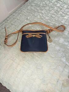 Bailey & Quinn Shoulder Bag Navy & Tan