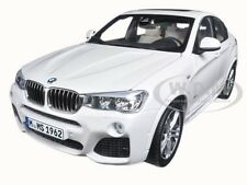 BMW X4 (F26) MINERAL WHITE 1/18 DIECAST MODEL CAR BY PARAGON 97093