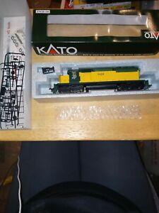 Kato 37-018 Chicago & North Western #928 Ho Locomotive
