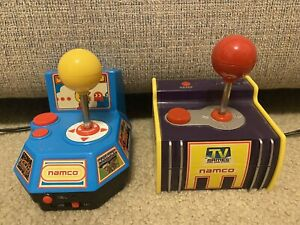 RARE 2003 PAC MAN & 2004 MS PAC MAN PLUG N PLAY ELECTRONIC 5 IN 1 GAMES (TESTED)