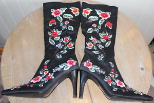 Stunning! Fabulous Embroidered Floral Black Satin Boots - Size UK 5 EU 38
