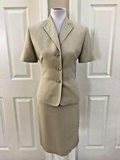 Le Suit Women 2 PC Beige Short Sleeve Suit and Skirt Size 8