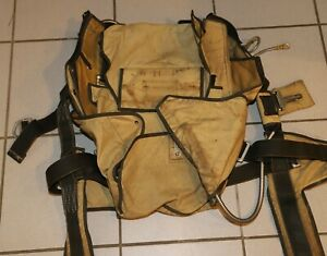 Strong Starlite skydiving parachute container - small