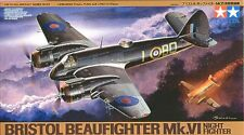 TAMIYA 1:48 KIT AEREO DA MONTARE BRISTOL BEAU FIGHTER MK. VI NIGHT FIGHTER 61064