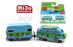 GREENLIGHT  VOLKSWAGEN SAMBA BUS & 1959 SIESTA TRAVEL TRAILER 1/64 CAR 51114-D