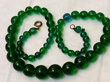 CHINESE VINTAGE GREEN PEKING GLASS BEAD NECKLACE