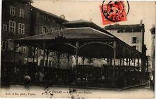 CPA   Figeac - La Halle aux Grains   (223805)