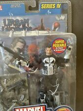 RARE Marvel Legends Series IV The Punisher W/ 32 Page Comic Book URBAN LEGEND