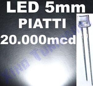 Nr 10 LED BIANCHI 5mm PIATTI FLAT TOP 20.000mcd 140°