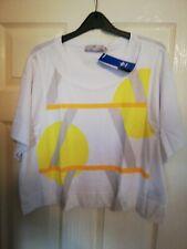 Women's Stella McCartney Adidas Weekender Graphic T-Shirt. White. Xs gym yoga