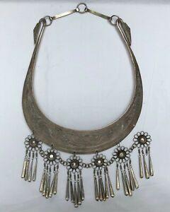 Collier plastron ethnique à pendants plaqué argent
