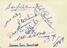Swansea Ciudad (ahora ciudad) Página del álbum de fútbol equipo 1958 Firmado