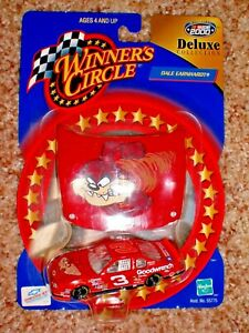 Dale Earnhardt Winners Circle Tasmanian Devil/Goodwrench Deluxe 2000 1:64 Chevy