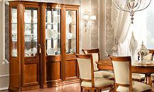 Exklusive Vitrine GlasTorriani Day Nussbaum Furnier Klassische Möbel aus Italien