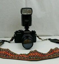 Chinon CM-4 camera W 52 mm Auto Zoom Tristar UV  1:4.5 75-200mm Lens plus flash